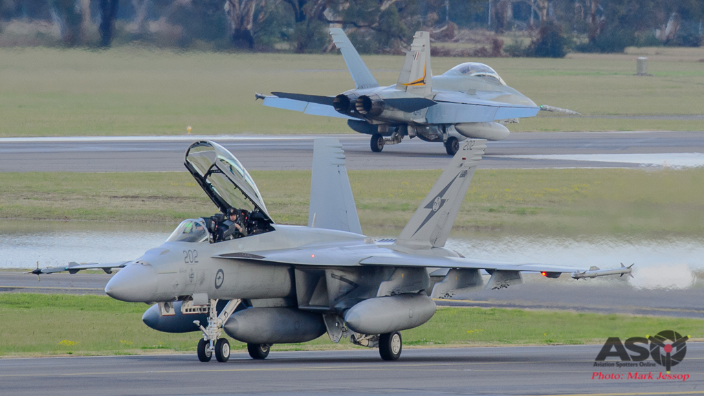 F/A-18F Super Hornet A44-202 1SQN City of Ipswich