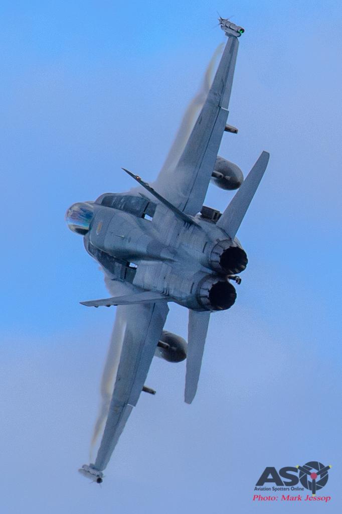 F/A-18A Hornet High speed turn