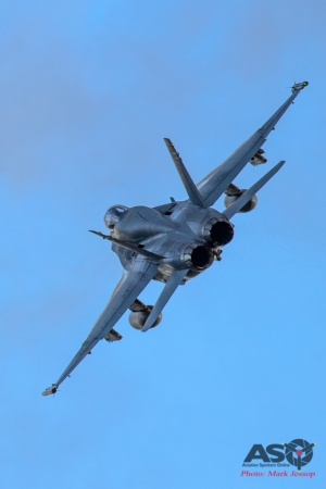 F/A-18A Hornet High speed turn