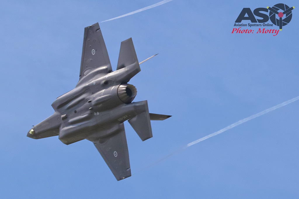 Mottys-First RAAF F-35 Arrivals at Williamtown-01664-ASO