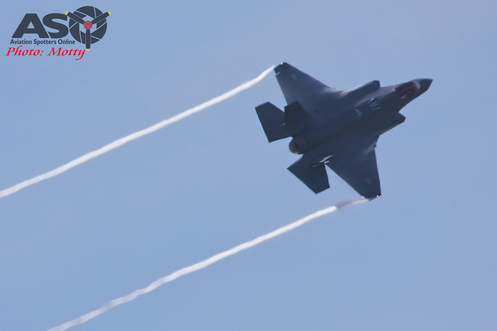 Mottys-First RAAF F-35 Arrivals at Williamtown-01723-ASO