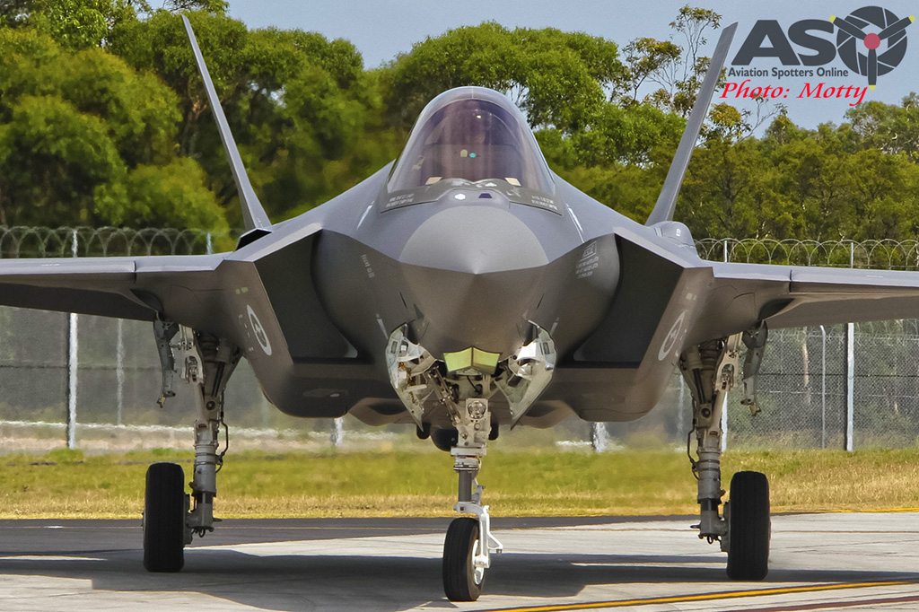 Mottys-First RAAF F-35 Arrivals at Williamtown-02286-ASO