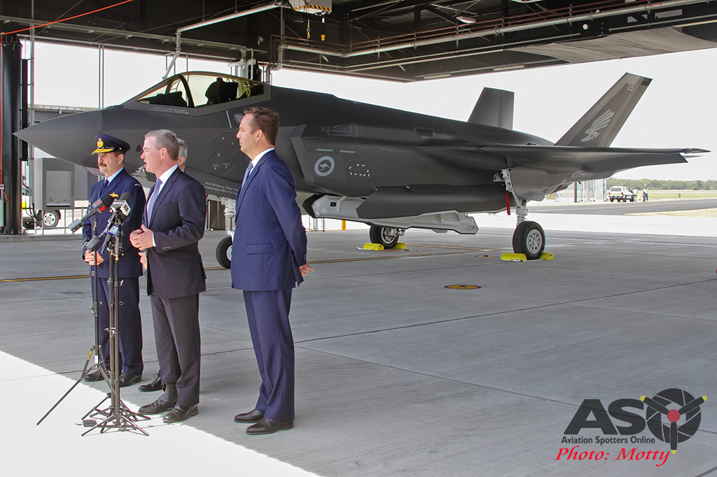 Mottys-First RAAF F-35 Arrivals at Williamtown-02911-ASO