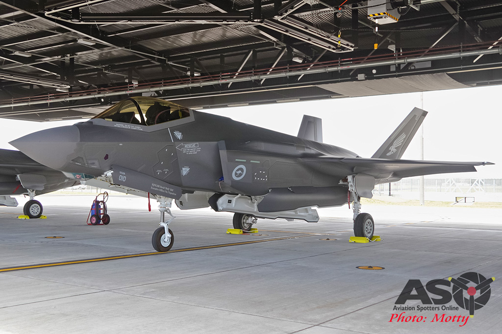 Mottys-First RAAF F-35 Arrivals at Williamtown-02963-ASO