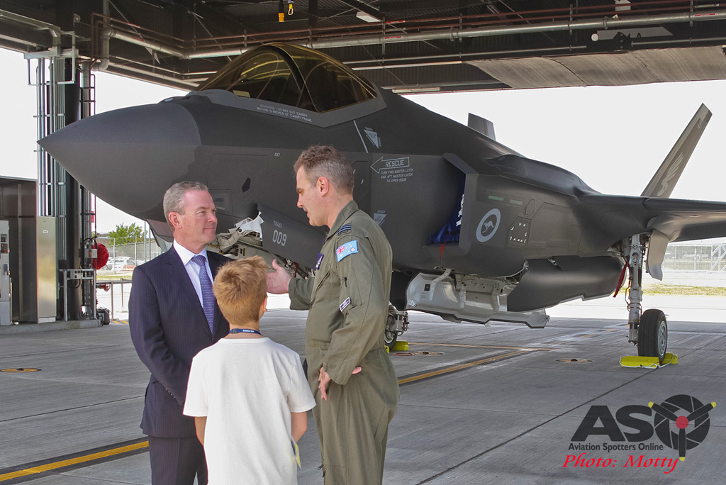 Mottys-First RAAF F-35 Arrivals at Williamtown-03043-ASO