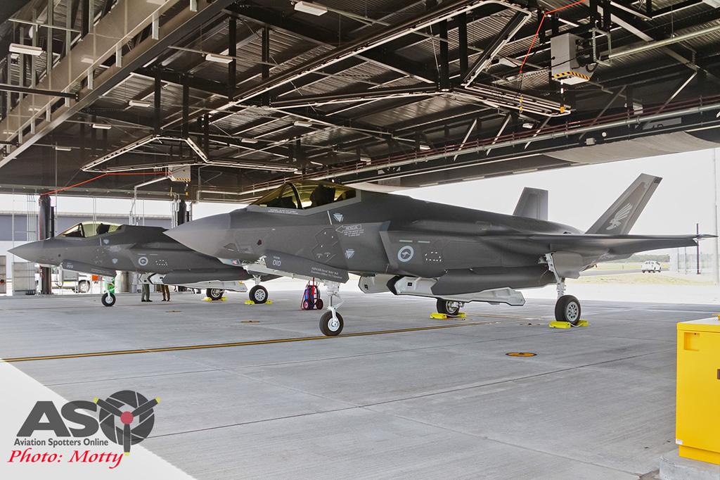 Mottys-First RAAF F-35 Arrivals at Williamtown-03045-ASO