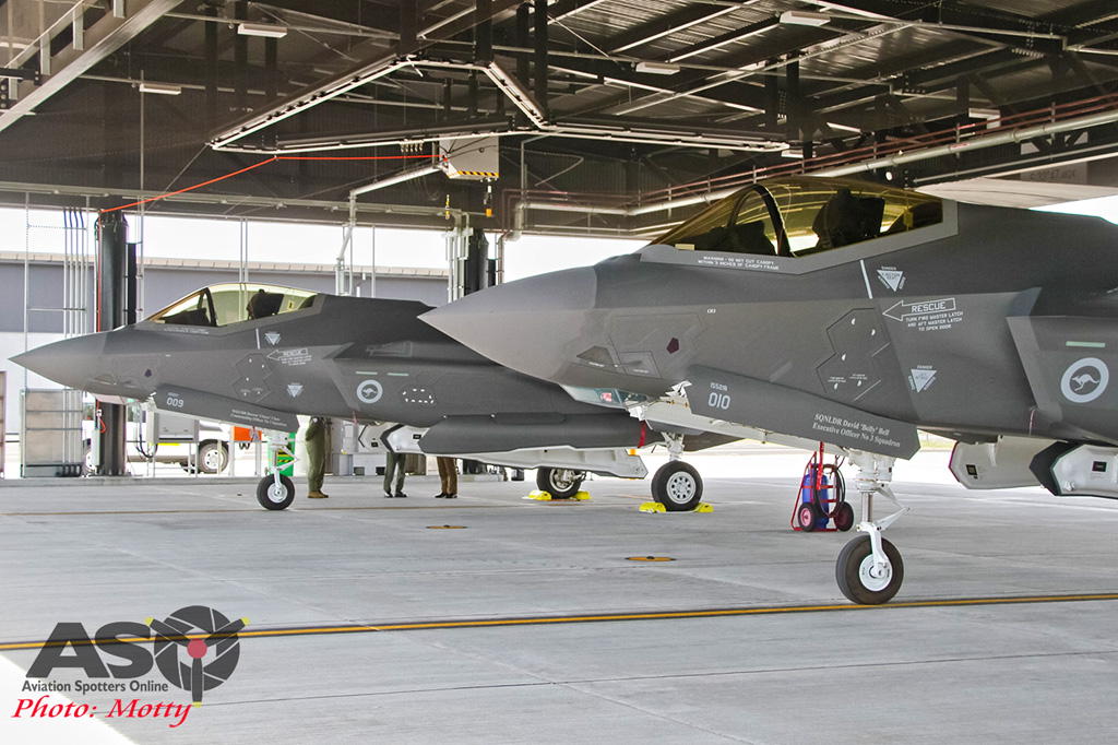 Mottys-First RAAF F-35 Arrivals at Williamtown-03057-ASO