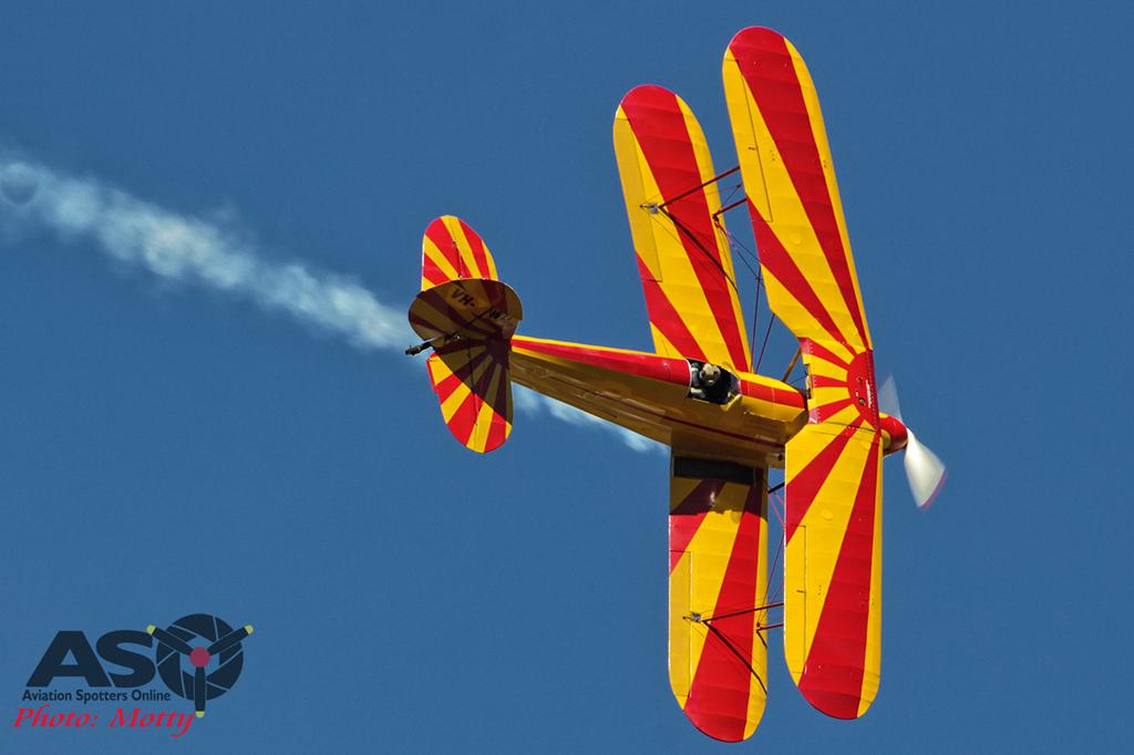 Mottys Hunter Valley Airshow 2015 Stampe VH-WEF 0012
