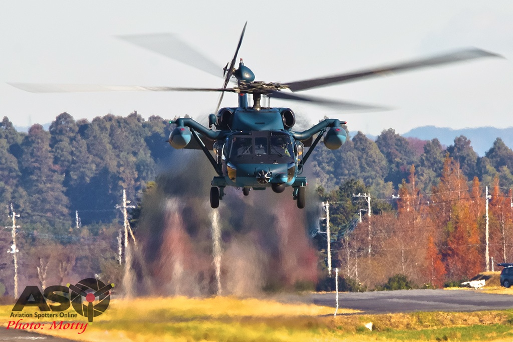 Mottys-JASDF-UH-60J-Blackhawk-Hyakuri_2019_12_03_00564-ASO
