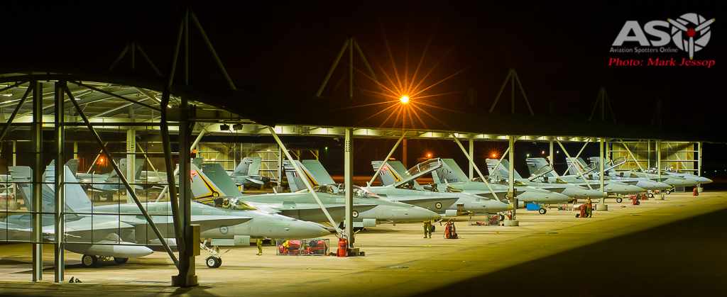 2OCU night time flight line
