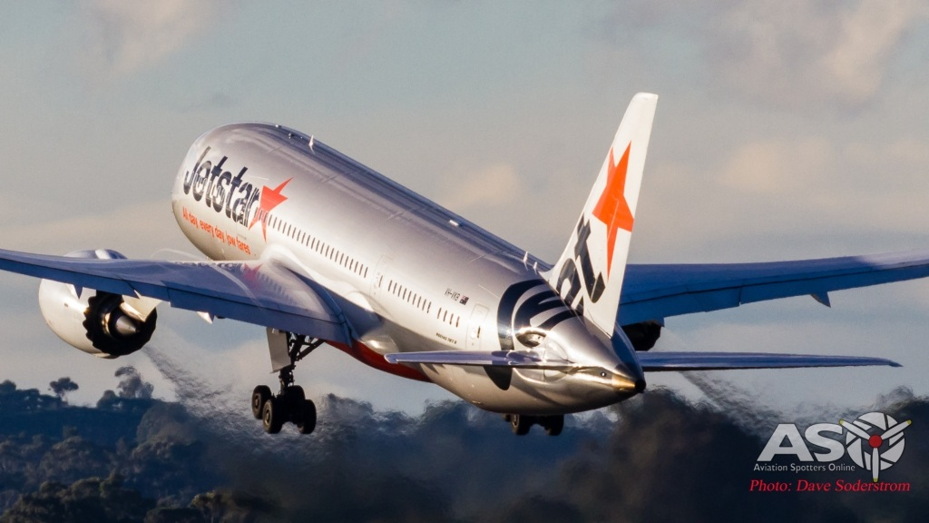 VH-VKB-Jetstar-787-8-Departing-ASO-1-of-1