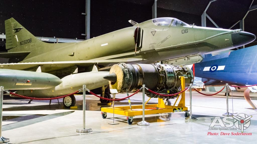 MOTAT Skyhawk NZ6206 ASO (1 of 1)