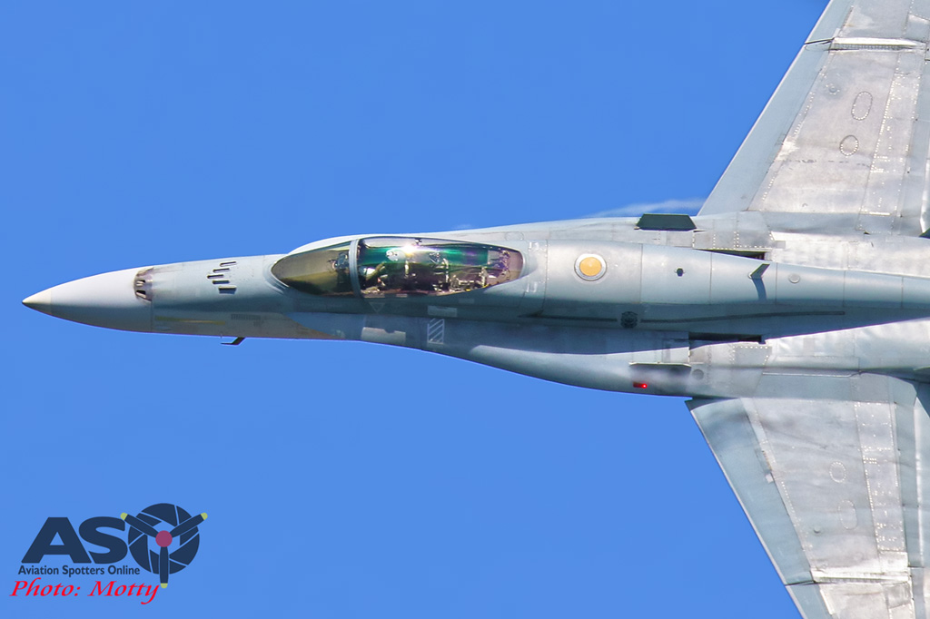 Mottys-Newcstle Coats Hire V8 Supercars RAAF Hornet Display-0940-ASO