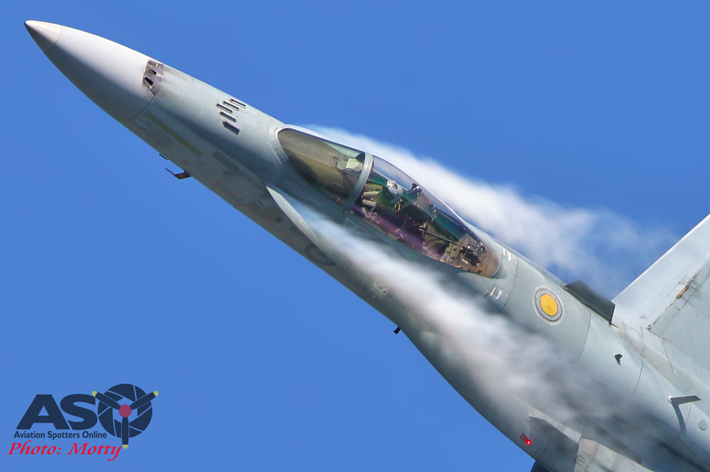 Mottys-Newcstle Coats Hire V8 Supercars RAAF Hornet Display-1181-ASO