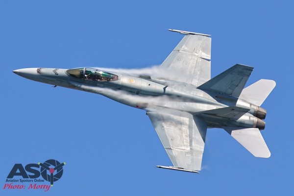 Mottys-Newcstle Coats Hire V8 Supercars RAAF Hornet Display-1163-ASO