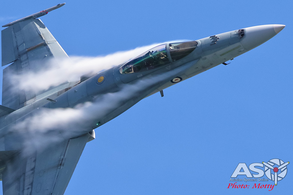 Mottys-Newcstle Coats Hire V8 Supercars RAAF Hornet Display-00650-ASO