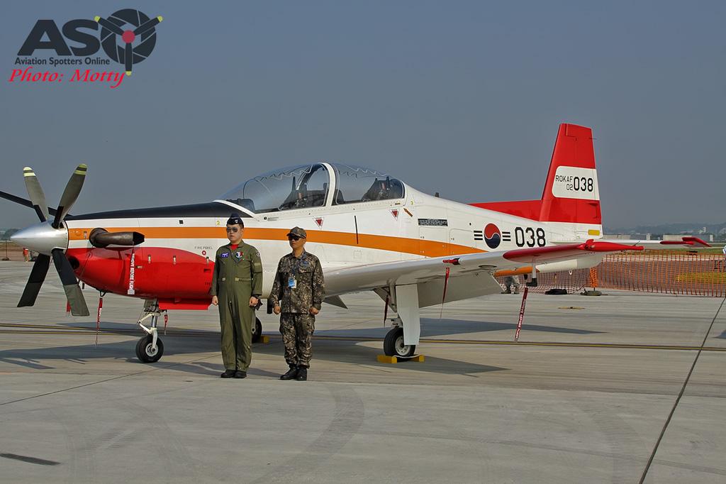 Mottys Osan Air Power Day 2016 ROKAF KT-1 02-038 0010-ASO