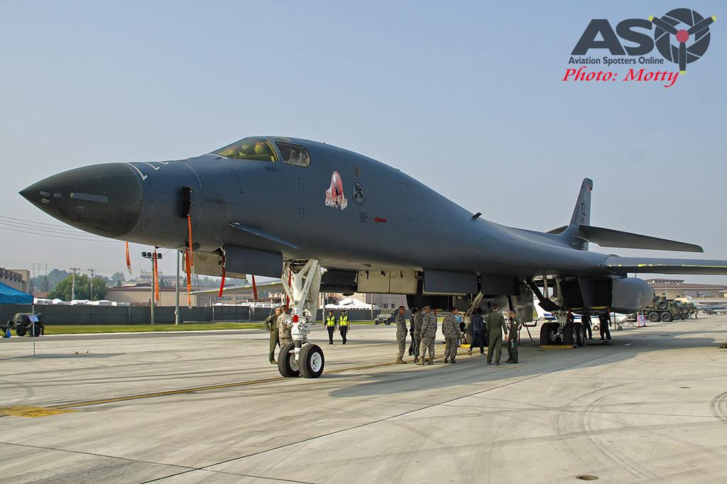 Mottys Osan Air Power Day 2016 USAF B-1B 86-129 0020-ASO