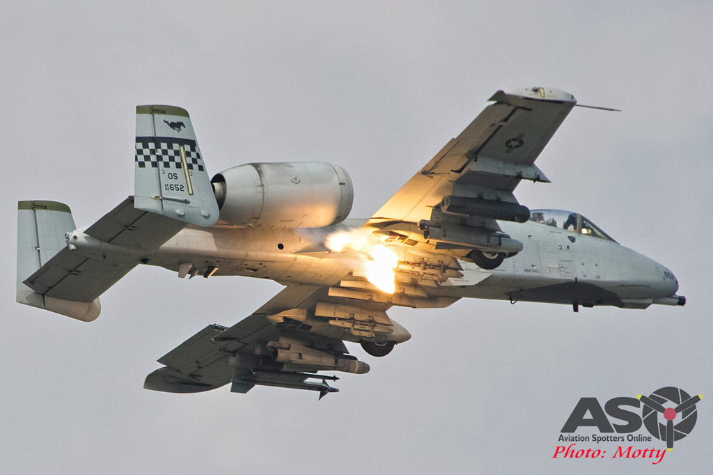 Mottys Osan Air Power Day 2016 USAF CSAR Demo A-10 0060-ASO