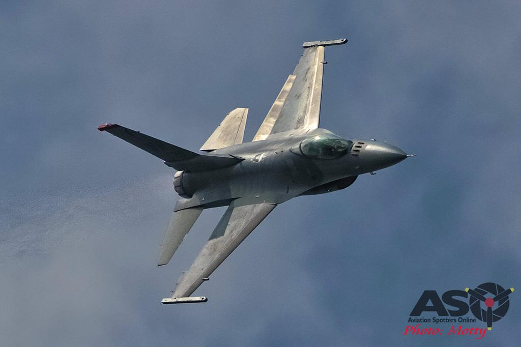 Mottys Osan Air Power Day 2016 USAF F-16C 35th-FW 91-399 0110-ASO