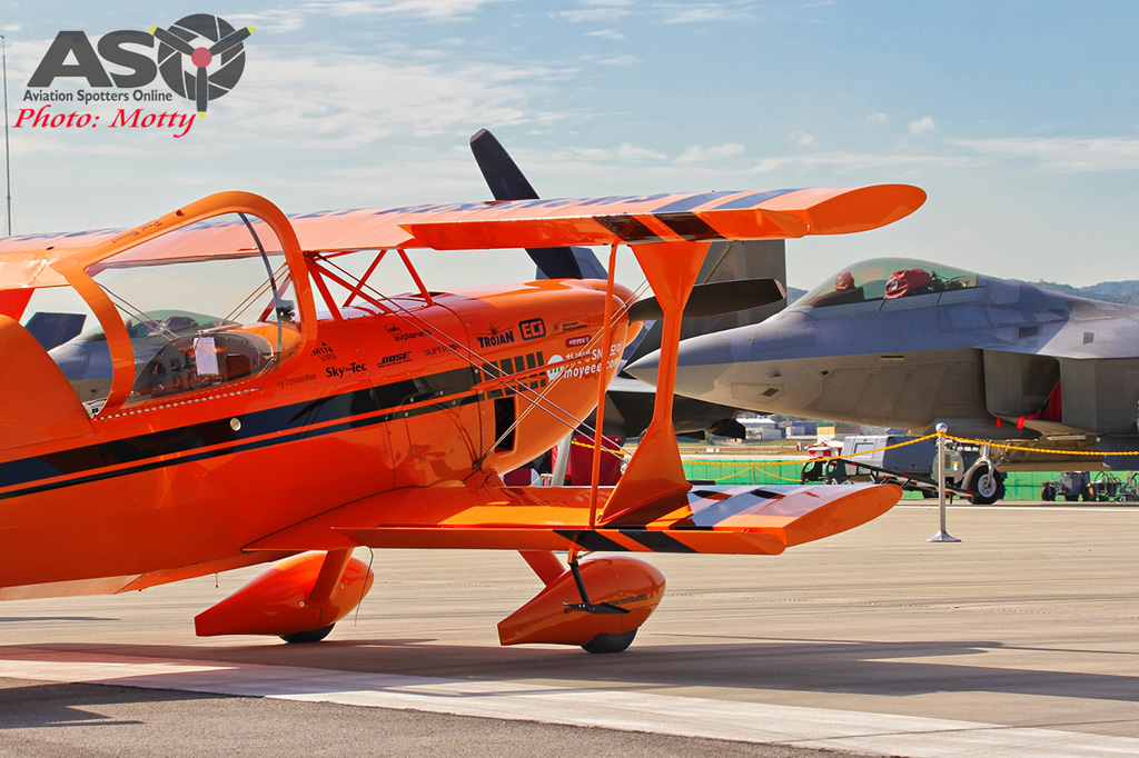 Mottys-Paul-Bennet-Airshows-Seoul-ADEX-2017-2-THUR-3978-ASO