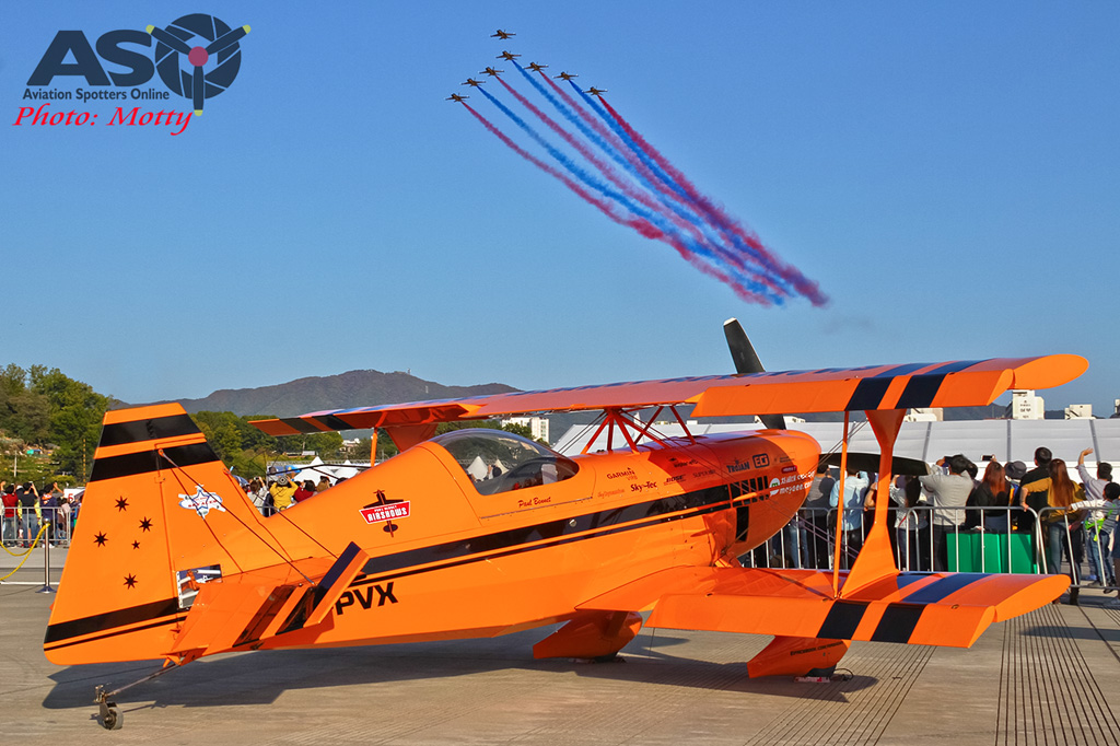 Mottys-Paul-Bennet-Airshows-Seoul-ADEX-2017-4-SAT-9+_5213-ASO