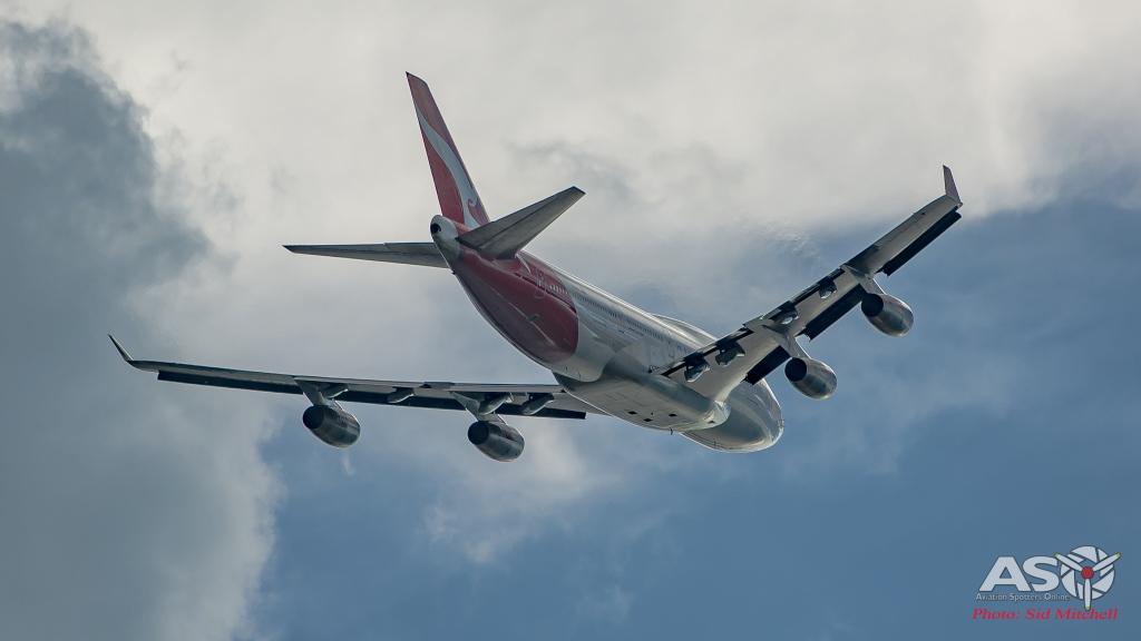 Boeing 747-438 VH-OJT Darwin 27MAR2016