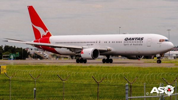 VH-OGM Boeing 767 QANTAS