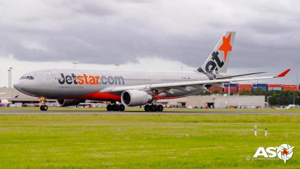 VH-EBE Airbus A330-200 Jetstar