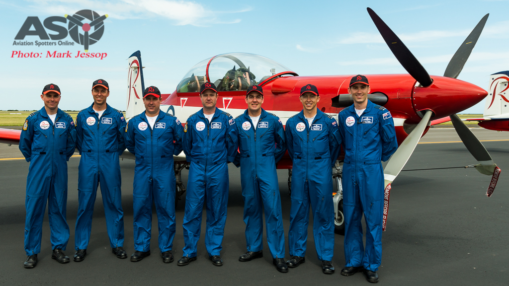 RAAF Roulettes team photo 2016.