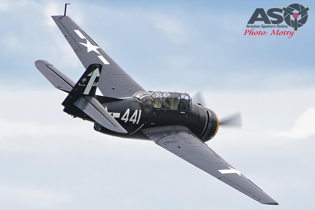 Mottys Rathmines 2016 Paul Bennet Airshows Avenger VH-MML 0020-ASO