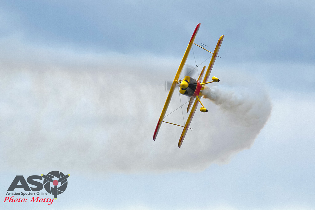 Mottys Rathmines 2016 Paul Bennet Airshows Wolf Pitts Pro VH-PVB 0030-ASO