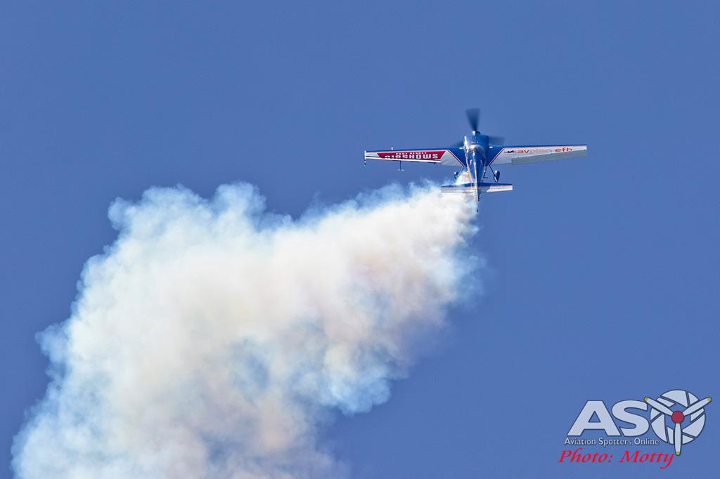 Mottys-Rathmines-2017-Paul-Bennet-Airshows-Rebel-300-VH-TBN-3089-ASO