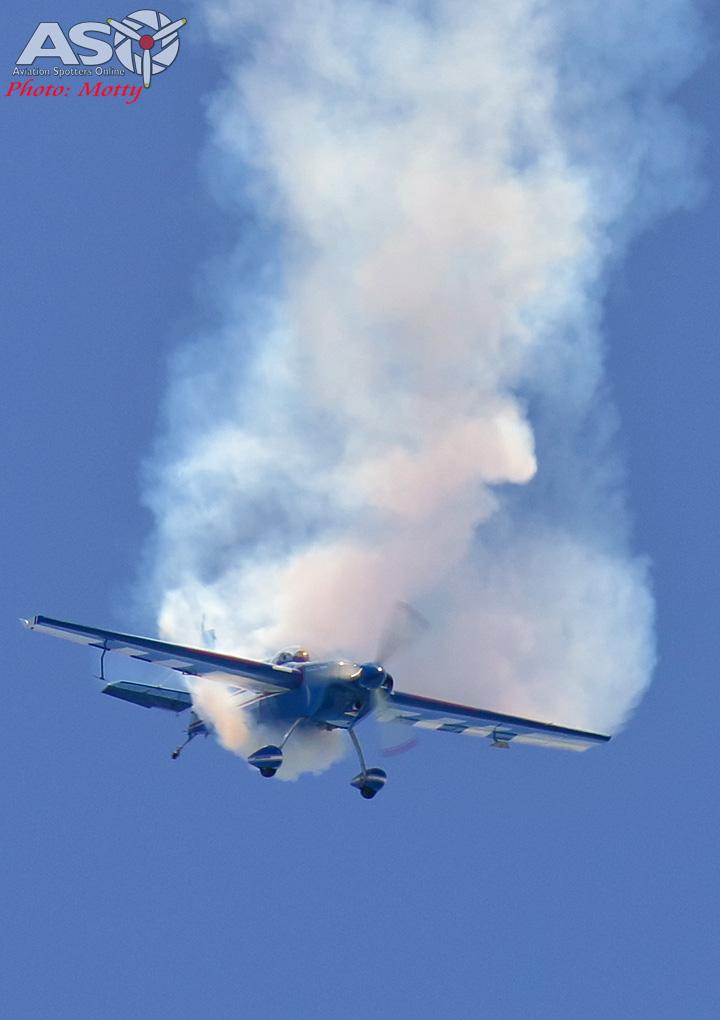 Mottys-Rathmines-2017-Paul-Bennet-Airshows-Rebel-300-VH-TBN-3218-ASO
