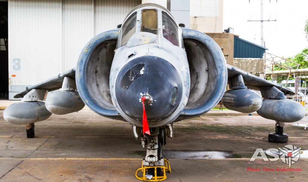 RTAF AV-8 (1 of 1)