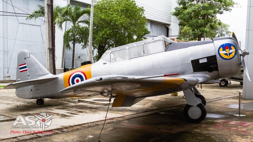 RTAF T-6D (1 of 1)