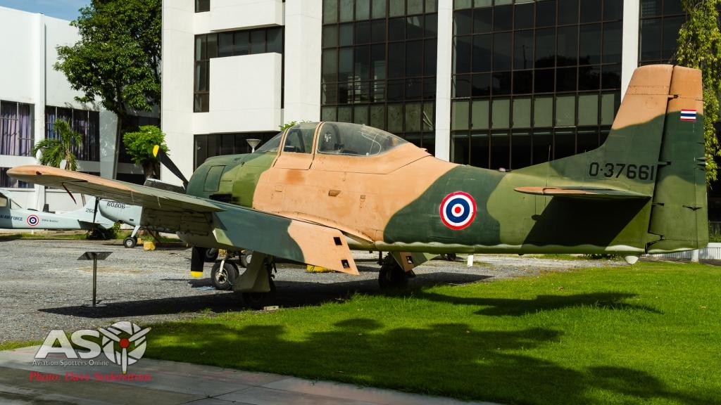 RTAF T-28 (1 of 1)