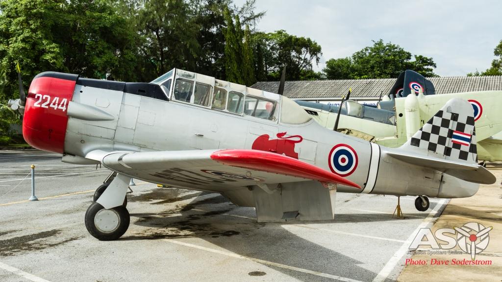RTAF T-6 (1 of 1)