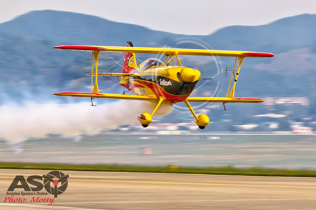 Mottys-Sacheon-Paul-Bennet-Airshows-09614-ASO