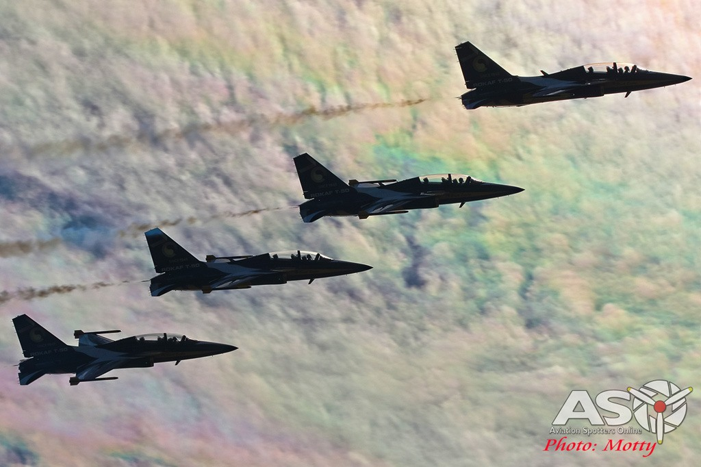 Mottys-Sacheon-ROKAF-Black-Eagles-T-50B-03215-ASO