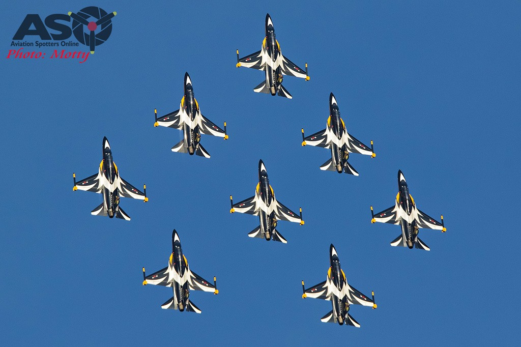 Mottys-Sacheon-ROKAF-Black-Eagles-T-50B-08146-ASO