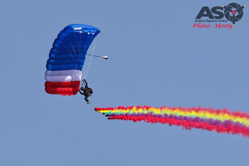 Mottys-Sacheon-ROKAF-Parachute-Team-05317-ASO