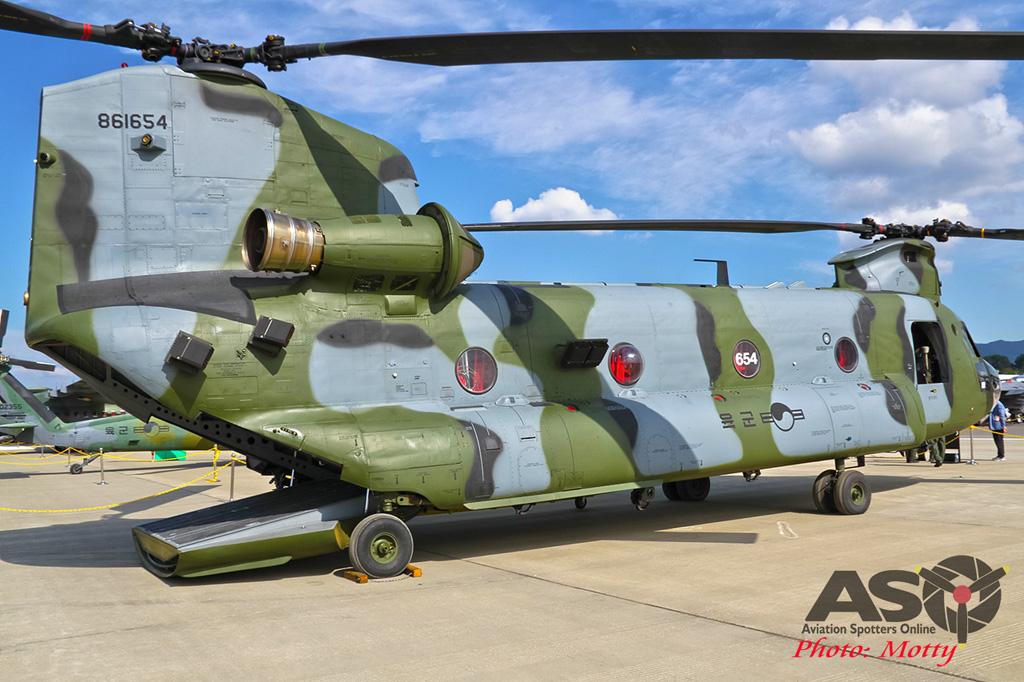 Mottys-ROK-Army-CH-47-Chinnook-Seoul-ADEX-2017-2-THUR-4265-ASO