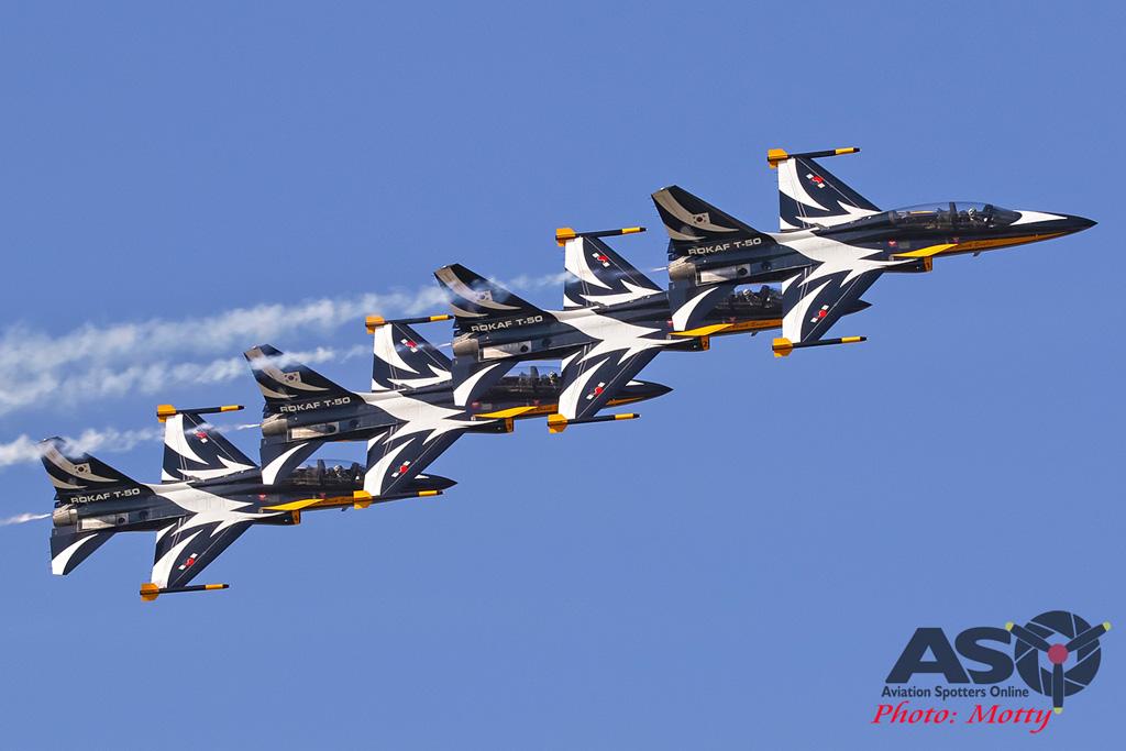 Mottys-ROKAF-Black-Eagles-KAI-T-50-Seoul-ADEX-2017-5-SUN-1622-ASO