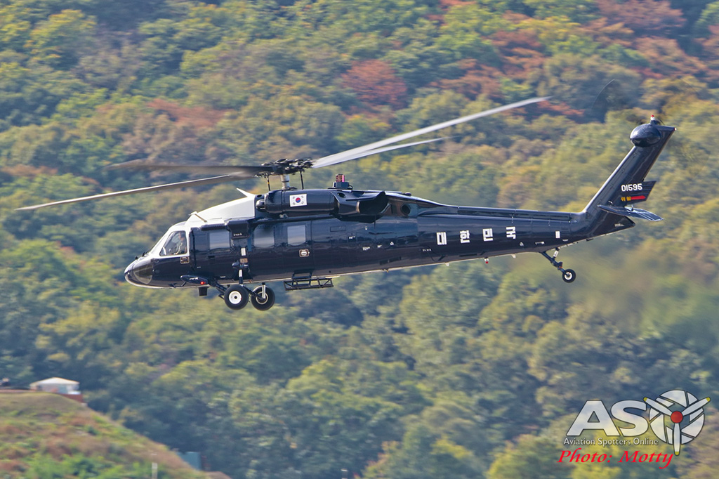 Mottys-ROKAF-VH-60-Blackhawk-Seoul-ADEX-2017-2-THUR-2954-ASO