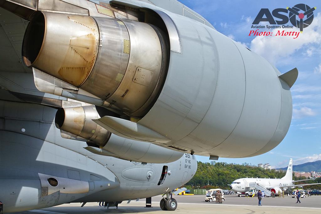 Mottys-USAF-C-17-Globemaster-III-Seoul-ADEX-2017-2-THUR-4431-ASO