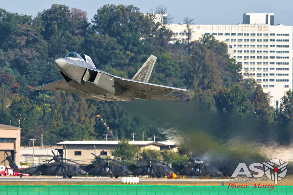 Mottys-USAF-F-22-Raptor--Seoul-ADEX-2017-5-SUN-0038-ASO