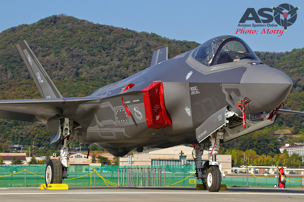 Mottys-USAF-F-35-Lightning-II-Seoul-ADEX-2017-5-SUN-9+_1866-ASO