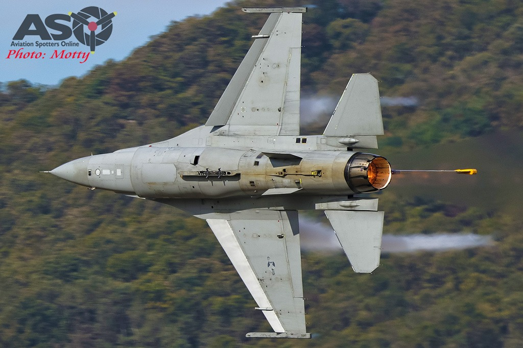 Mottys-Seoul-ADEX-2019-F-16s-01239-DTLR-1-001-ASO