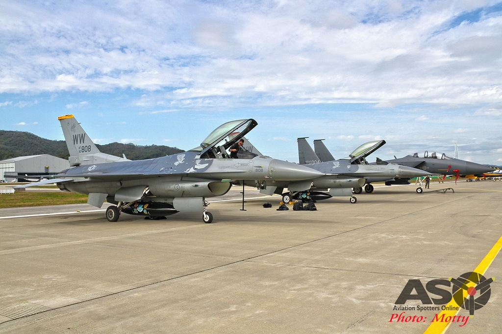 Mottys-Seoul-ADEX-2019-F-16s-00372-DTLR-1-001-ASO